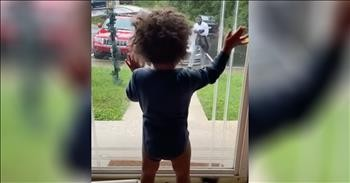 Toddler Waits For Dad To Come From Work And Has The Best Reaction
