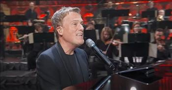 'Open The Eyes Of My Heart' Live Michael W. Smith Performance