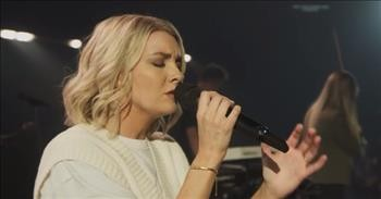 'Standing In Miracles' Emmy Rose Worship Performance