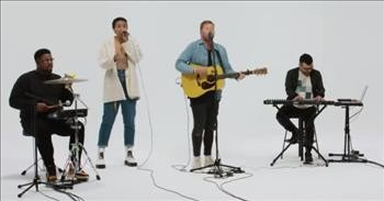 'Holy Spirit Come' Patrick Mayberry Acoustic Performance