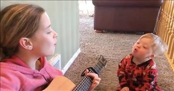 Sister Sings 'You Are My Sunshine' To Brother With Down Syndrome - Cute  Videos