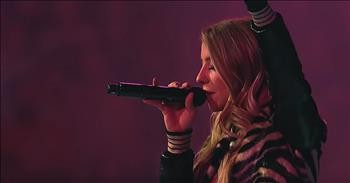 'It Is Finished' Passion Live Performance Featuring Melodie Malone -  Christian Music Videos