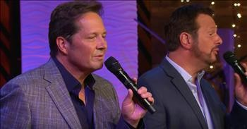 The Booth Brothers Perform 'Three Wooden Crosses' - Christian Artists