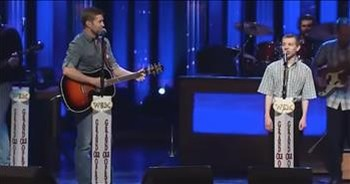 Country Singer Josh Turner Duets With Boy With Autism