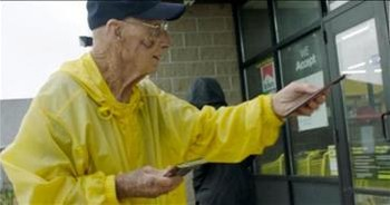 94-Year-Old 'Candy Man' Passes Out Free Hershey's Bars To Make Others Smile