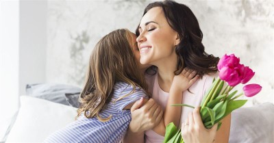 20 Meaningful Christian Mother's Day Gifts to Inspire Mom