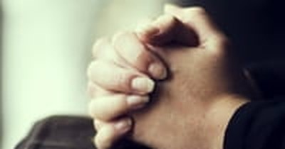 School Employee Told She Can't Offer to Pray for Colleague