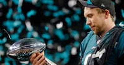 Superbowl MVP Nick Foles Shares Faith on the 'Ellen' Show