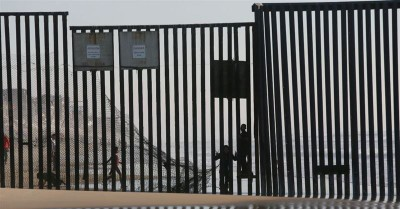 Authorities Investigate Claims of Migrants Buying Children in Mexico to Cross the U.S. Border