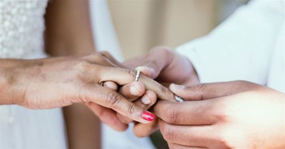 Dallas Megachurch Hosts Mass Wedding for Cohabitating Couples to Honor Marriage