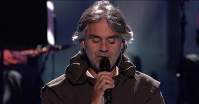Andrea Bocelli Performs 'What Child is This?' With Mary J. Blige