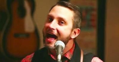 Brandon Heath - Night Before Christmas LIVE