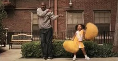 Adorable Cheerleader Dad Practices Moves With Daughter