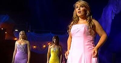 Celtic Woman Singing 'O Holy Night' Gave My Goosebumps Goosebumps!