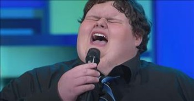 Bullied 640-Pound-Teen Sings 'Amazing Grace'