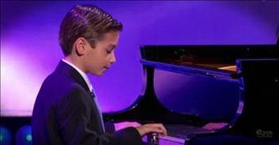 9-Year-Old Piano Prodigy Plays Amazing Rendition Of 'Piano Man'