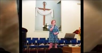 Teen Sings 'Oceans' In Front Of Her Church And It's Amazing