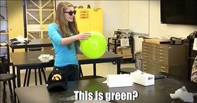 Colorblind Teen Tears Up After Seeing Color For The First Time