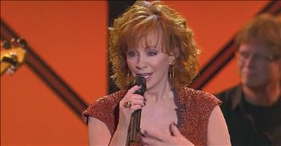 Reba McEntire Sings 'Back To God' At Dove Awards