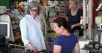 Strangers Help Teacher Who Cannot Afford Groceries
