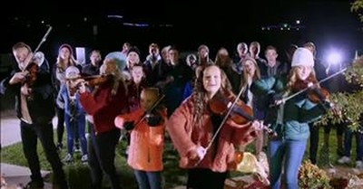 'The First Noel' Christmas Carol Flash Mob -The Five Strings