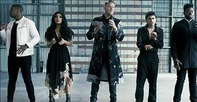 A Cappella Group Pentatonix Performs 'The Sound Of Silence'