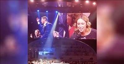 Michael Buble Stunned By Audience Member's 'Hallelujah' Cover