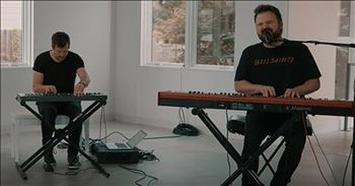 'Run To The Father' Cody Carnes Acoustic Performance
