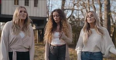 3 A Cappella Women Sing 'Down To The River To Pray'