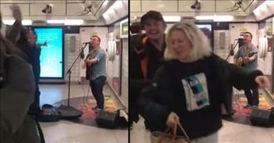 Street Busker Starts A Dance Party In The Middle Of A London Train Station