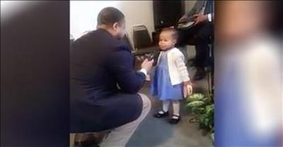 Toddler Sings 'Jesus Loves Me' At Church