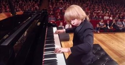 'Little Mozart' Elisha Mysin Is A Child Piano Prodigy