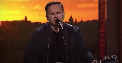 '10,000 Reasons' Live Performance From Matt Redman