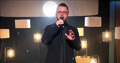 The Voice Winner Todd Tilghman Performs 'I Can Only Imagine'