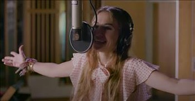 'Trust In You' Lauren Daigle Live Performance