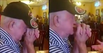 Restaurant Sings 'Amazing Grace' For Sick Diner