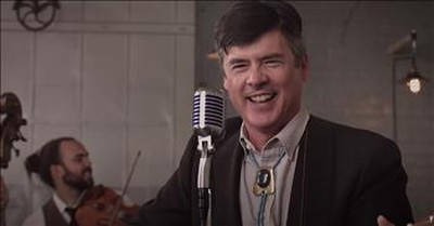 Bluegrass Band Mashup Of Johnny Cash, Avett Brothers, John Denver And More