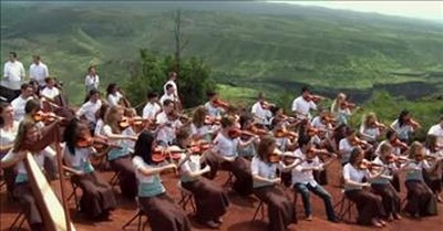 Children's Choir Sings 'When I Survey the Wondrous Cross'
