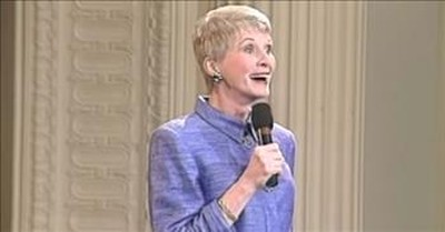 Jeanne Robertson's Funny Airplane Story Has A Surprise Ending