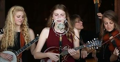 Bluegrass Band Performs 'God Rest Ye Merry Gentlemen'