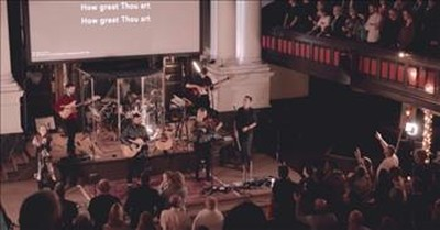 Irish Singer Performs 'How Great Thou Art' Hymn