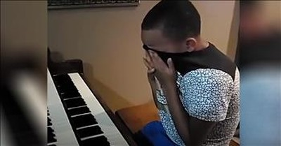 12-Year-Old Cries Playing Organ After Dad Recovers From COVID-19