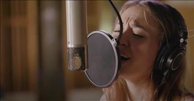 'Rescue' Lauren Daigle Starstuck Sessions