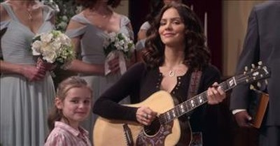 Katharine McPhee Stars In Family Netflix Series 'Country Comfort'