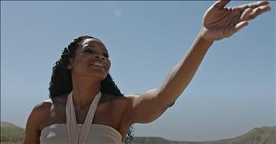 'The God Who Sees / My Redeemer Lives' Nicole C. Mullen Live Performance