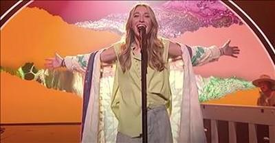 Lauren Daigle Sings 'Look Up Child' On American Idol