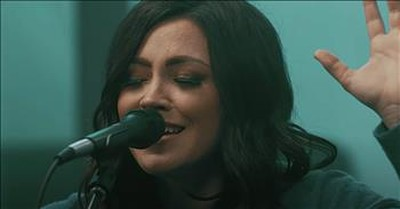 'Amen (Simple Gospel)' Kari Jobe Worship Performance