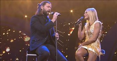 German Singer Helene Fischer Performs 'Hallelujah' Duet With Rea Garvey