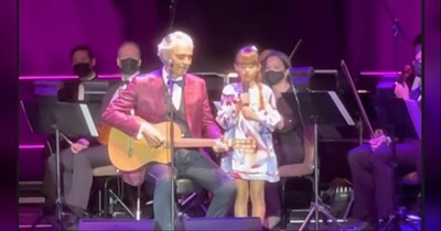 Andrea Bocelli And 8-Year-Old Daughter Sing 'Hallelujah' Duet