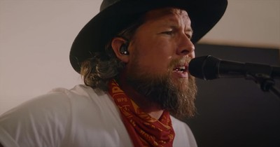 'Less Like Me' Zach Williams Acoustic Performance